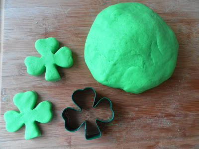 60+ St. Patrick's Day Activities and Coloring Pages--lots of kid crafts and coloring pages to keep little hands happy.