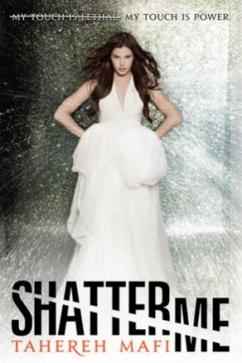 Book Review: Shatter Me by Tahereh Mafi {plus Book Club Discussion/Questions}