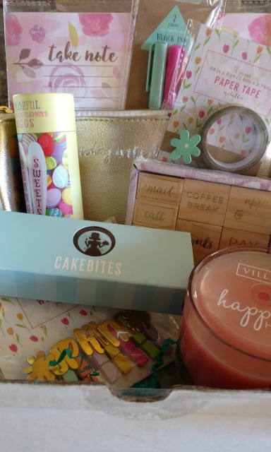 These are a few of my favorite (Spring) things!  See what I received in a surprise Springtime box!