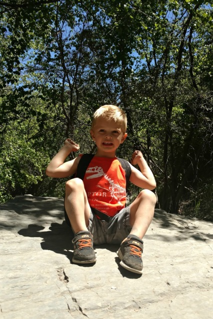 Hiking with kids doesn't have to be a hard thing if you follow these 7 simple tips!